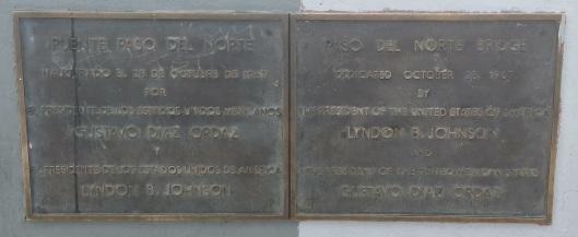 29 Puente placa