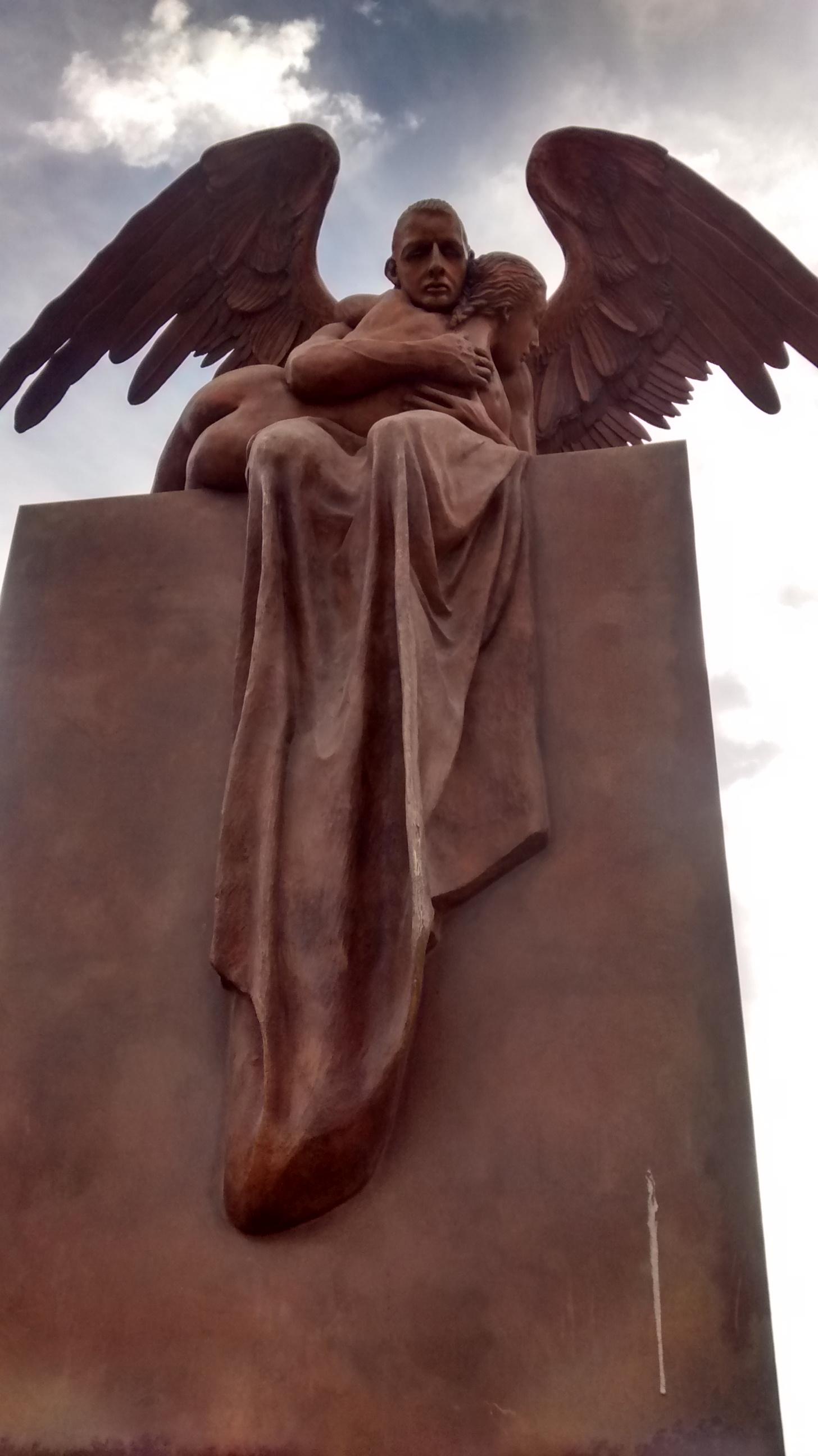 33 angel-centro