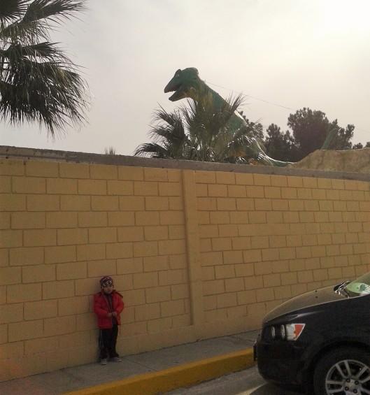 70-dinosaurio-gas