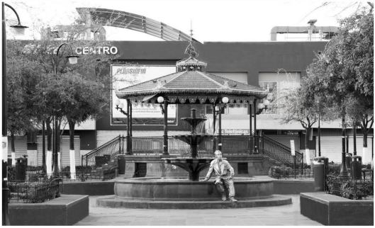 93 Plaza Armas-TinTan