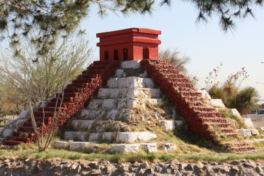 104 Piramide americas