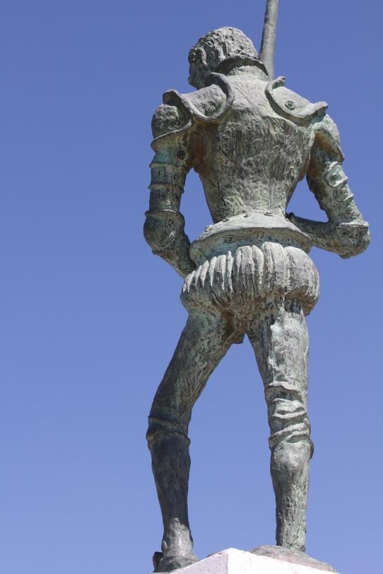20 Escultura Quijote.jpg