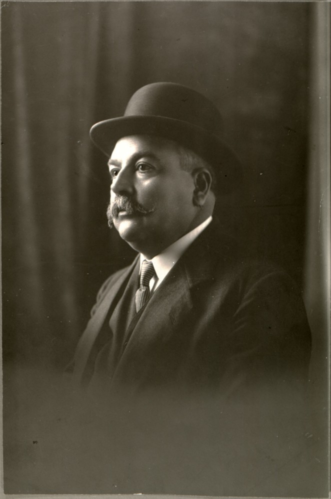 19 Abraham Gonzalez